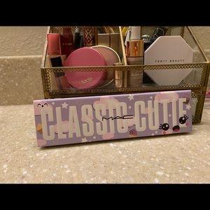 """MAC Eyeshadow Palette """"Classic Cutie"""""""